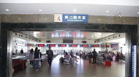 19日起南昌站候车点有变 第一,二候车室关闭图片