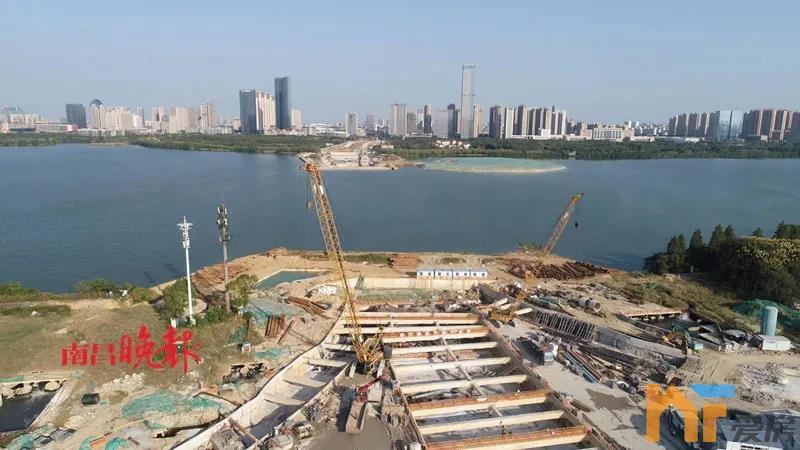 天悦首页2022年春节前通车!艾溪湖隧道湖西、湖中主体结构全面完工!